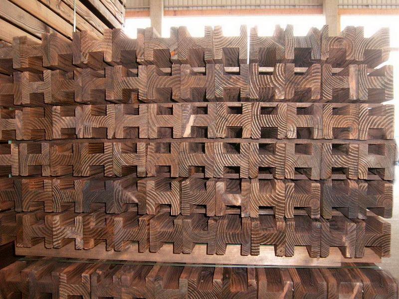 Tuin Houten Palen : Houten balken palen en bielzen om zelf af te halen in belgië